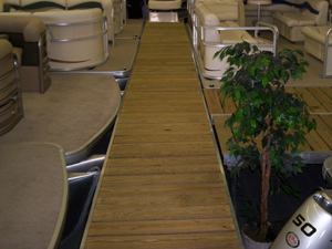 Cedar, Aluminum and Pressure Treated Holiday Boat Docks
